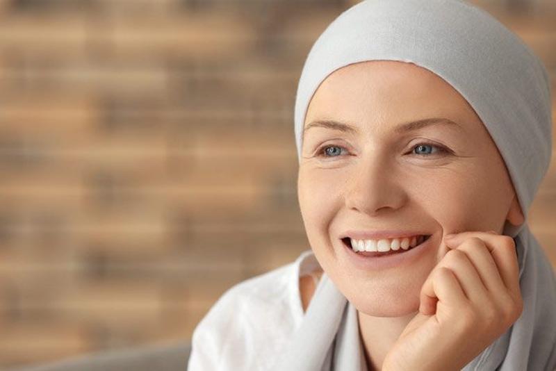 cuidar tu pelo durante la quimioterapia